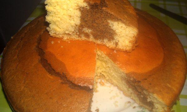 torta soffice con cuore al caffè