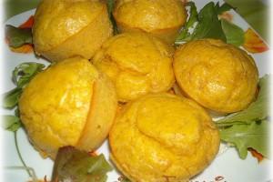 Muffin con farina ai cereali e prosciutto,ricetta salata