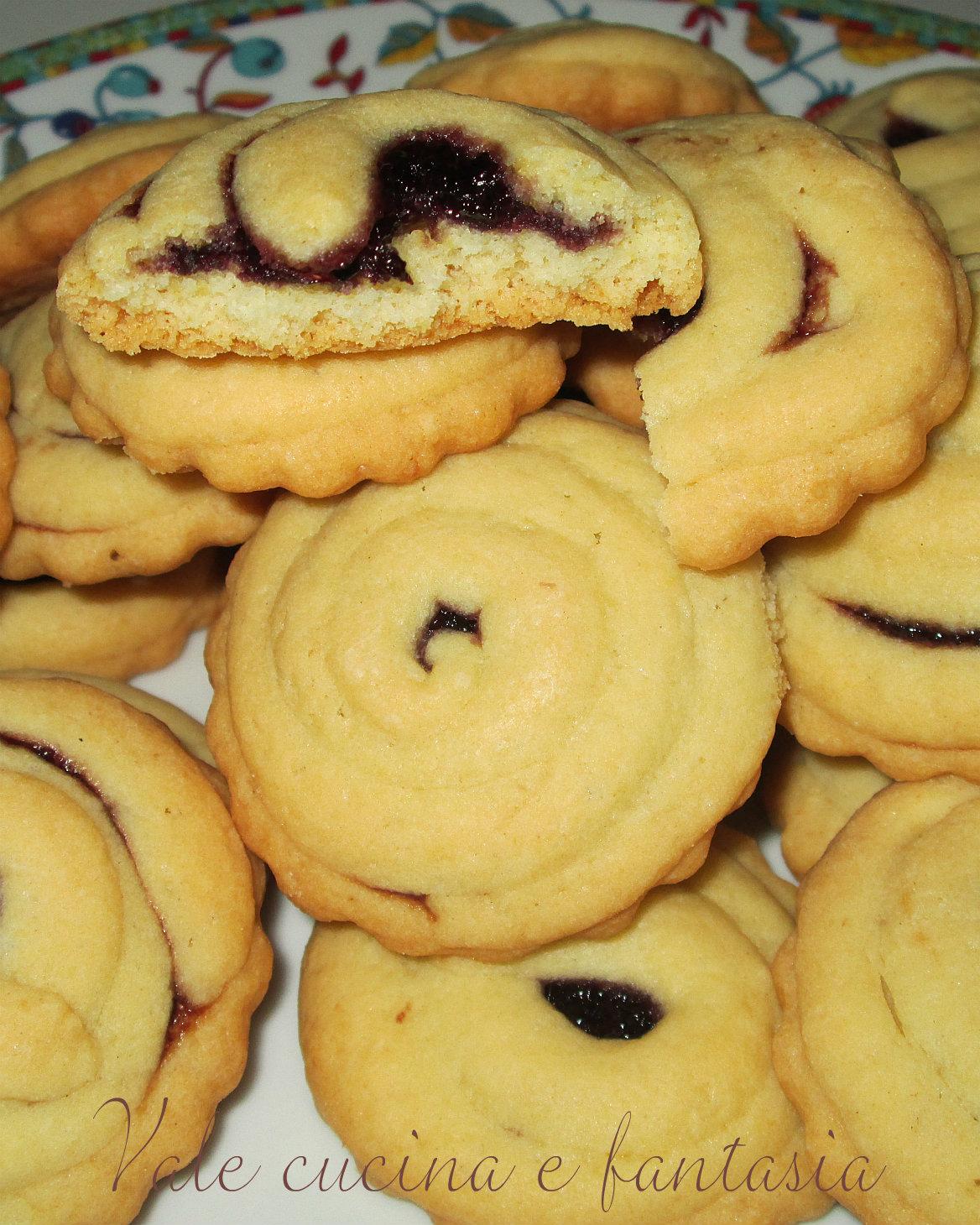 Biscottini  morbidi alle more Vale cucina e fantasia