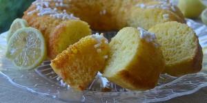 Ciambella con ricotta e limone ricetta leggera