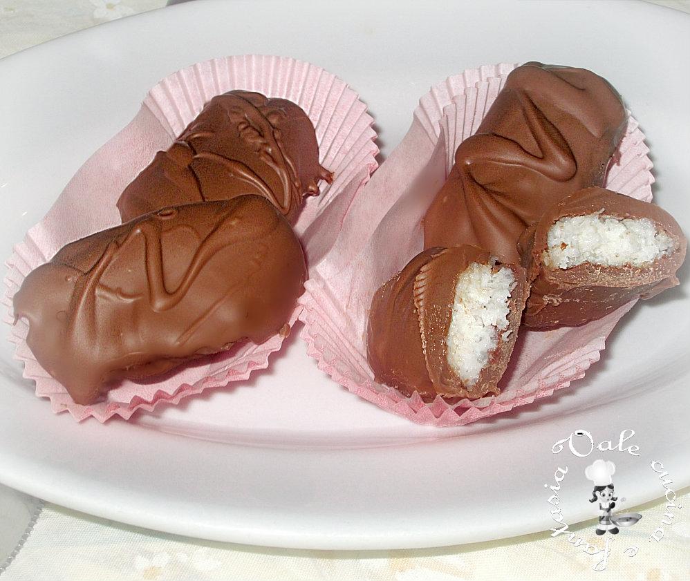 Cioccolatini al cocco,simil bounty vale cucina e fantasia
