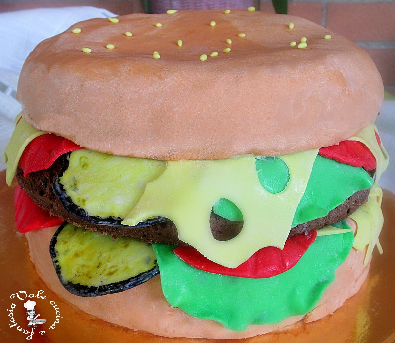 torta mega hamburger