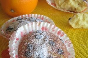 Tortine con ricotta arancia e gocce di cioccolato