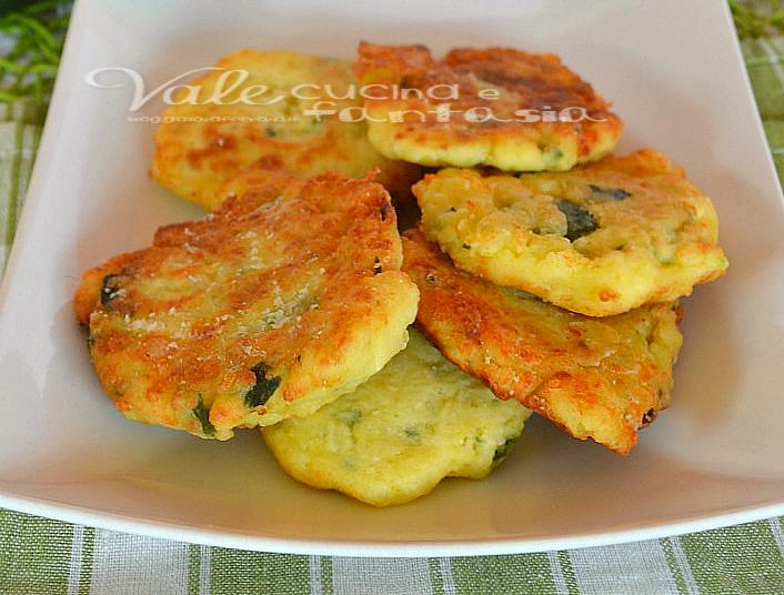 Extrêmement FRITTELLE DI ZUCCHINE con patate e parmigiano ricetta facile UX62