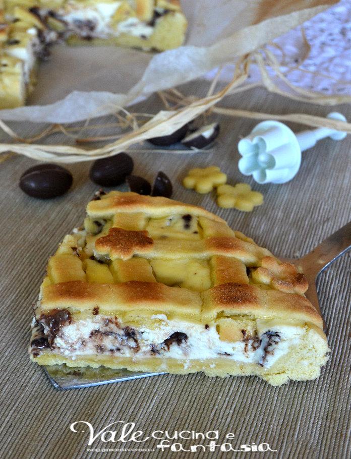 Crostata con ricotta ed ovetti di cioccolato