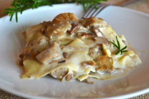Lasagne ai funghi porcini ricetta primo piatto