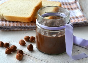 Crema spalmabile alla gianduia ricetta facile senza cottura
