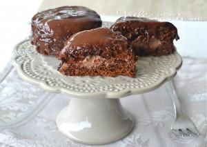 Mini tortine morbide al caffè e cioccolato