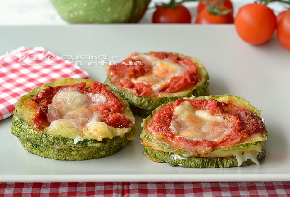 Pizzette di zucchine ricetta facile e veloce