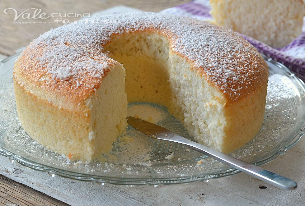 Angel cake al cocco ricetta dolce di soli albumi