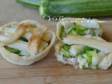 Crostatine di pancarrè con zucchine speck e provola