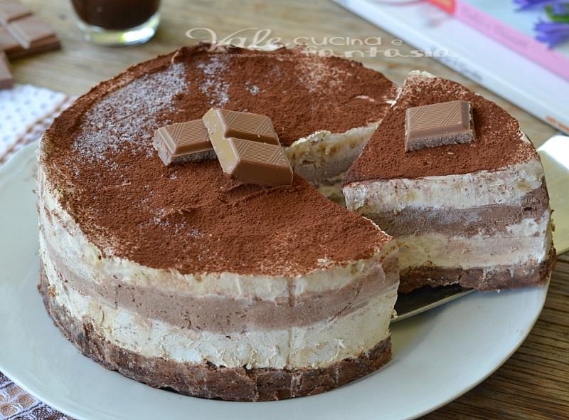Torta gelato al cioccolato e caffè ricetta estiva