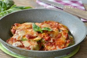 Parmigiana di zucchine e grana senza forno