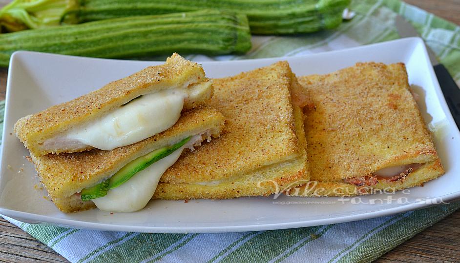 Mozzarella in carrozza al forno con zucchine e prosciutto