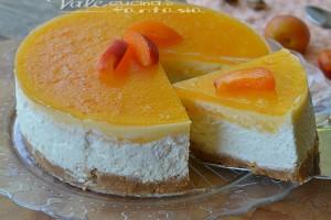 Torta fredda con albicocche e mascarpone senza cottura
