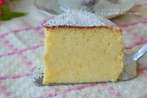 Torta soufflè alla ricotta ricetta dolce