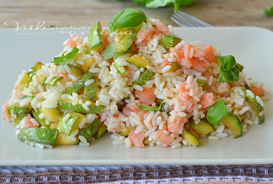 Extrêmement freddo con zucchine salmone e limone KL69