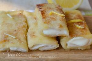 Rotolini di cheesecake con crema al limone