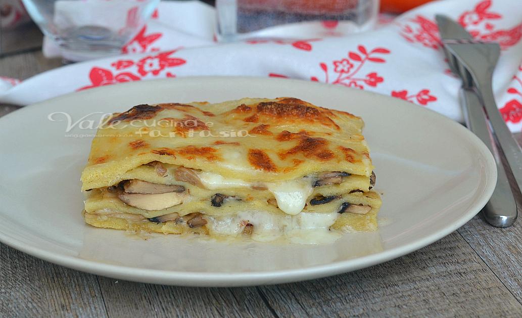 Lasagne di patate con funghi e mozzarella