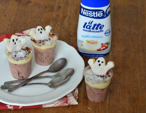 Bicchierini con crema al cocco e cacao di Halloween