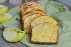 Plumcake alle mele con miele e ricotta senza zucchero