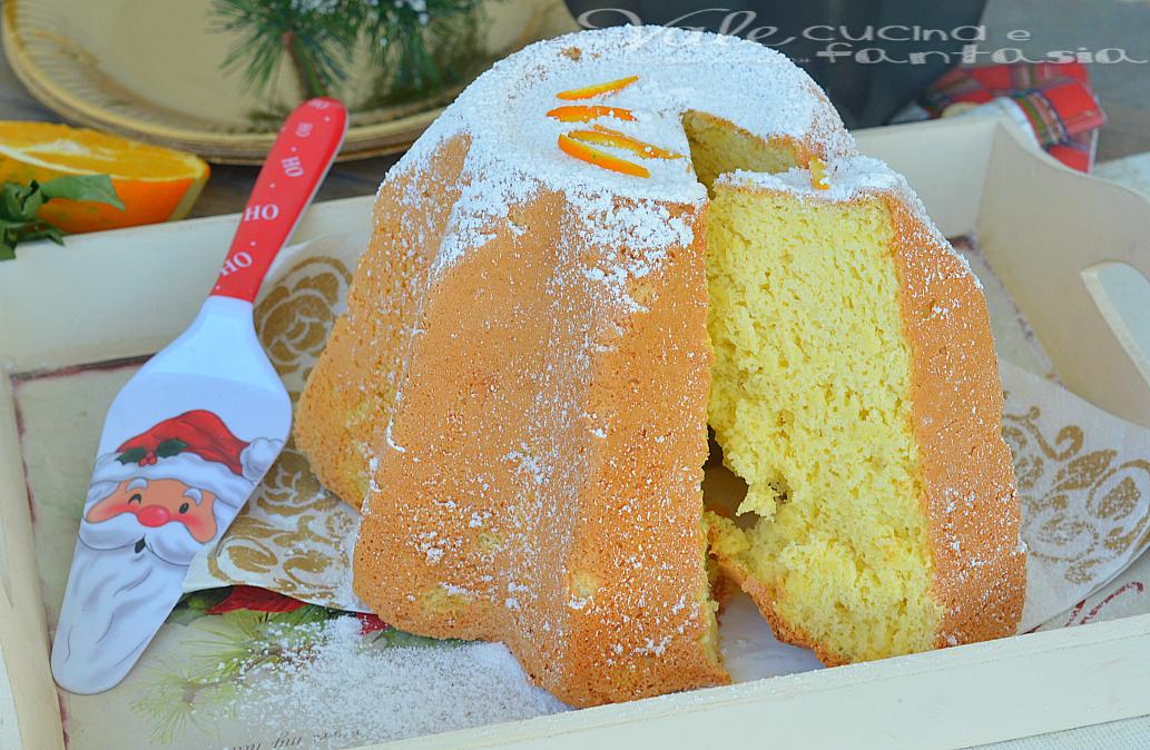 Pandoro di chiffon cake all'arancia ricetta di Natale