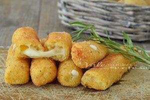 Stick di patate e mozzarella
