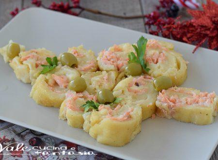 ALBERO DI NATALE con patate e salmone