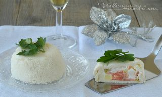 ZUCCOTTI SALATI senza cottura al salmone e insalata russaZUCCOTTI SALATI senza cottura al salmone e insalata russa