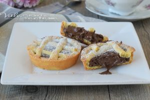 CROSTATINE CON NUTELLA MORBIDA