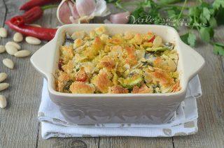 Tortino di sarde con zucchine crumble di mandorle e pane