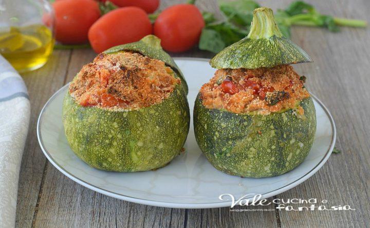 ZUCCHINE RIPIENE di pane e pomodori ricetta SENZA UOVA