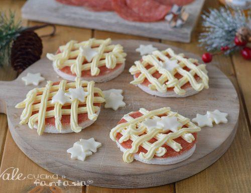 TARTINE DI NATALE AL SALAME ricetta antipasto