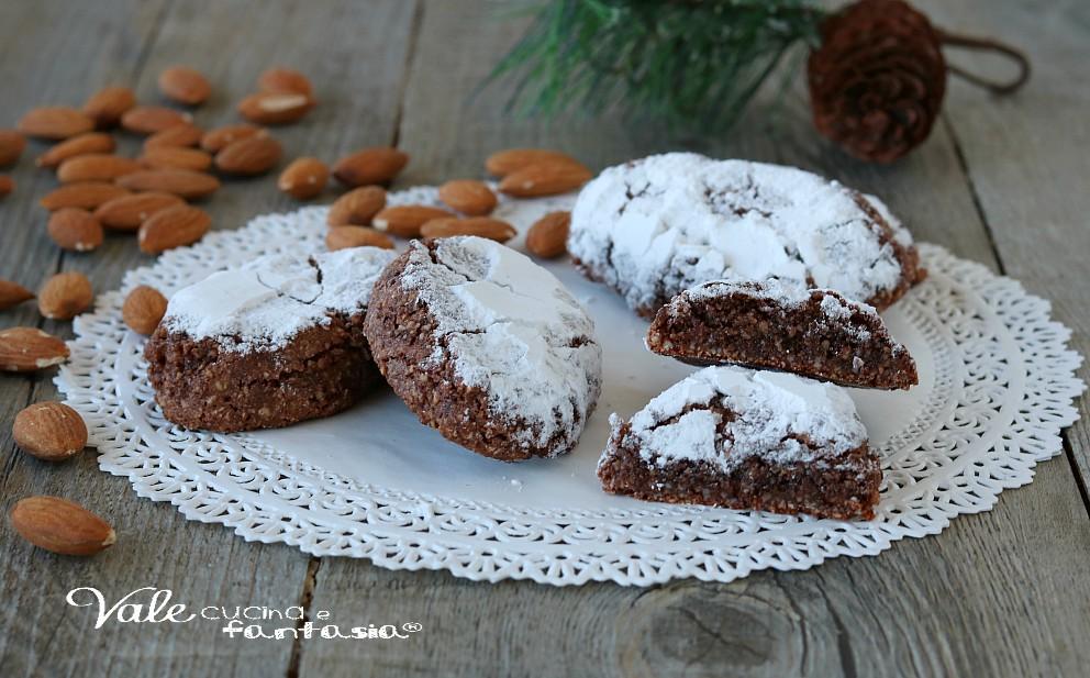 Ricciarelli Al Cacao Biscotti Alle Mandorle Di Natale