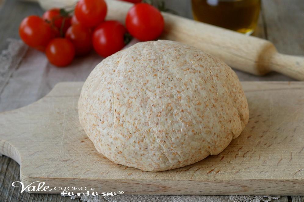 PASTA PER PIZZA INTEGRALE ricetta base lievitata per pizza
