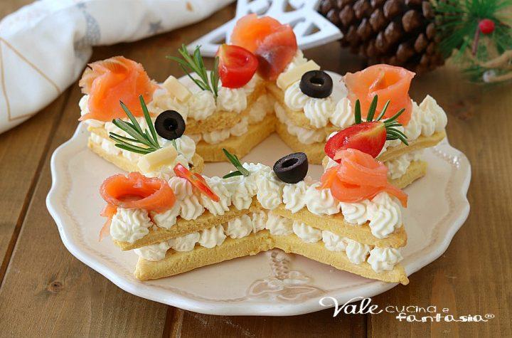 CREAM TART DI NATALE SALATA con salmone e formaggio