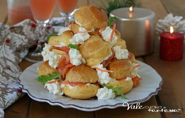 PROFITEROLES SALATO antipasto con salmone e crema al formaggio