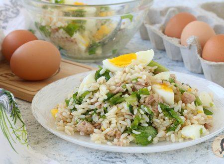 INSALATA DI RISO tonno uova e rucola