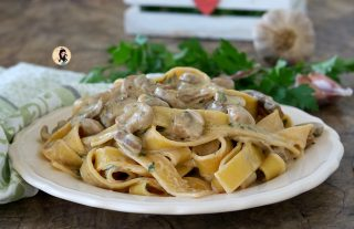 PAPPARDELLE AI FUNGHI CREMOSISSIME