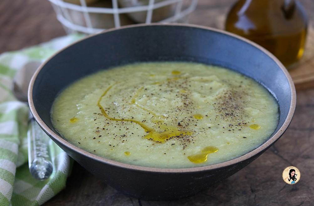 Vellutata di broccoli un primo piatto vegetariano