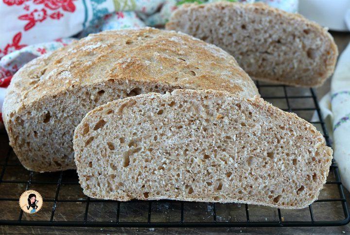 Pane integrale con lievito madre o lievito di birra
