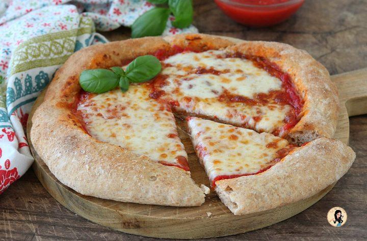 Pizza integrale con lievito madre o lievito di birra