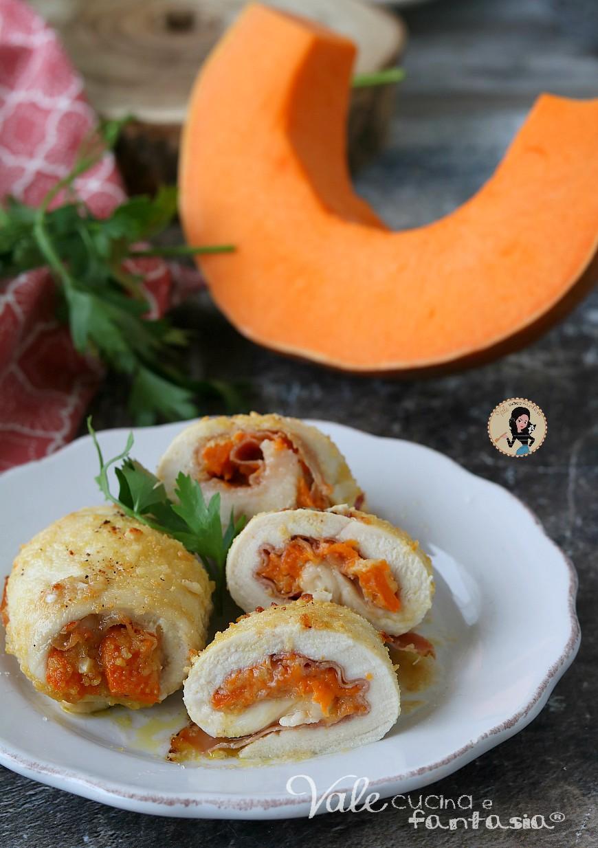 INVOLTINI DI POLLO CON ZUCCA E SPECK al forno con impanatura alle mandorle e senza uova