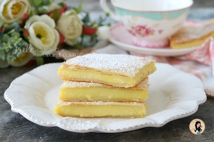torta scendiletto alla crema torta di sfoglia e crema, scendiletto dolce