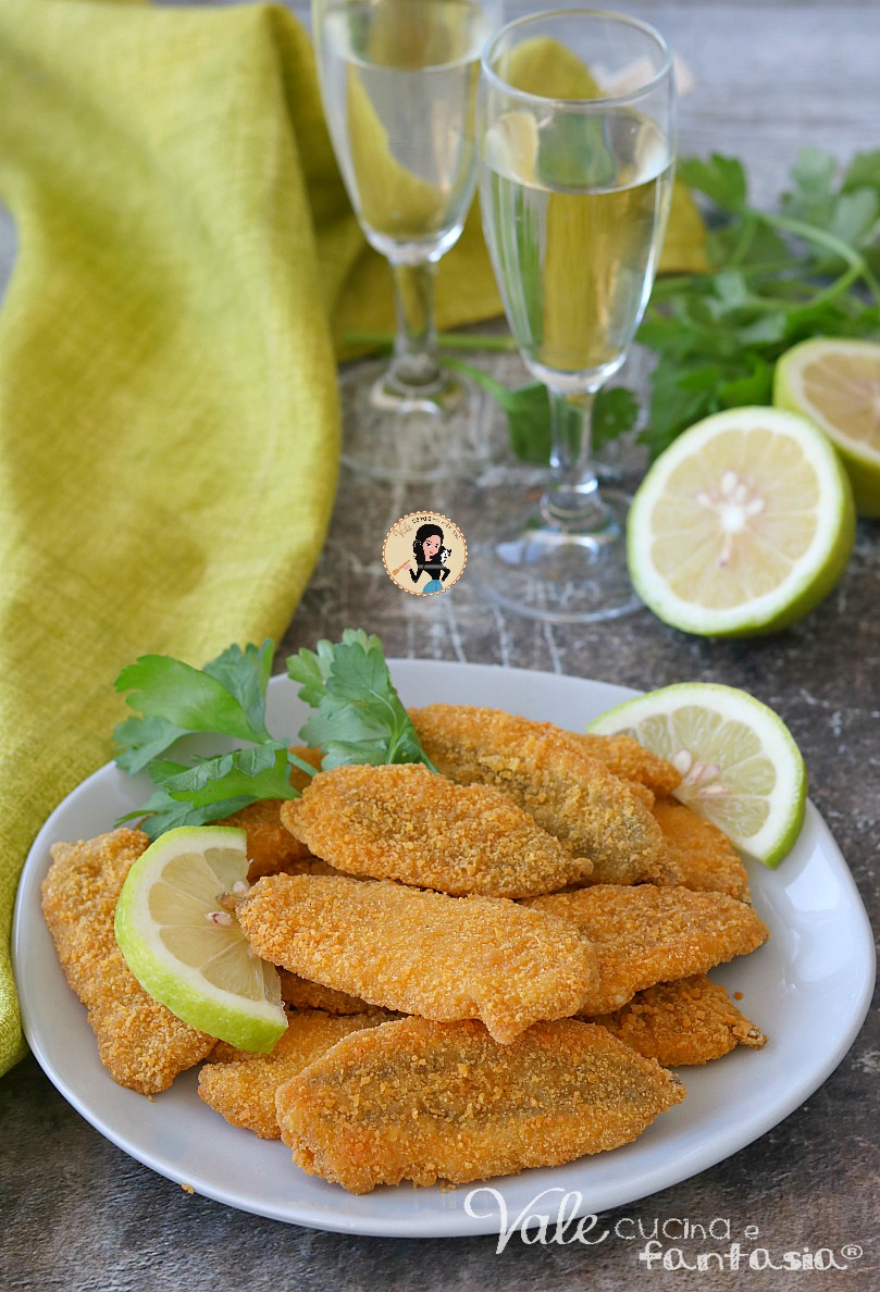 ALICI FRITTE IMPANATE croccanti fuori e morbide dentro, ricetta acciughe fritte facilissima, gustosa e velocissima da preparare