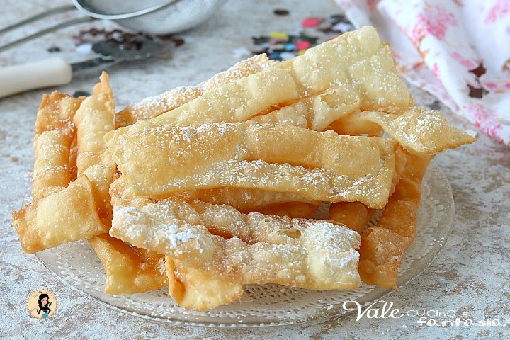 CHIACCHIERE FURBE 2 INGREDIENTI