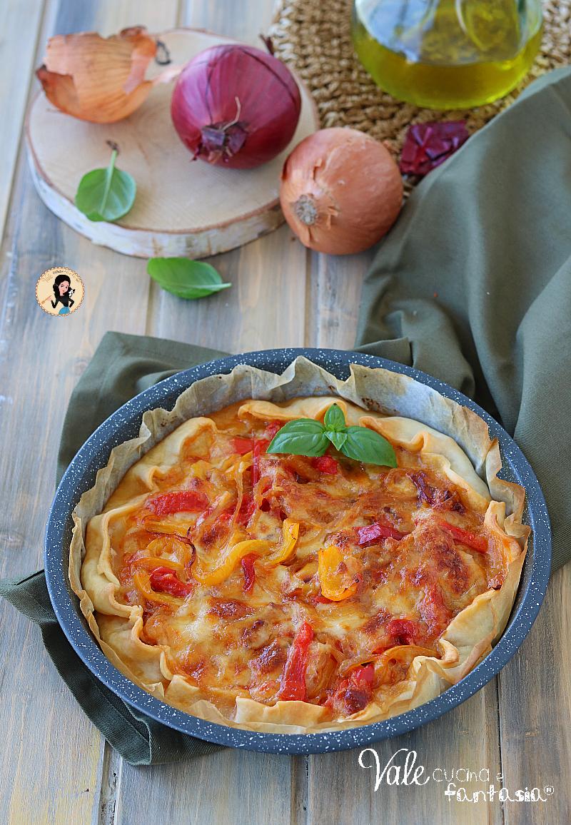 TORTA SALATA CON PEPERONI E MOZZARELLA ricetta antipasto o secondo piatto