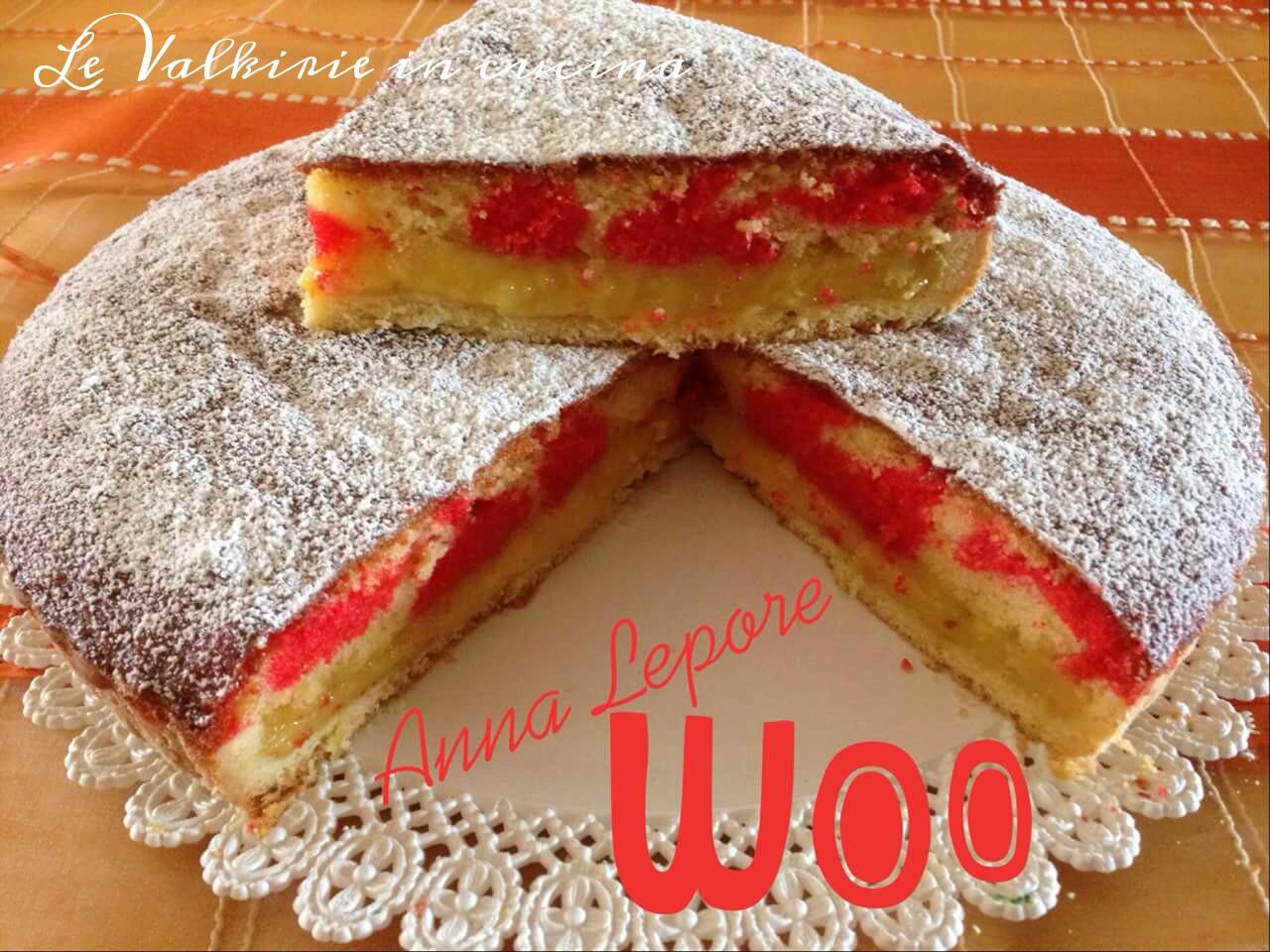 Crostata con ripieno di crema al limone meta' frolla meta ciambella di Anna Lepore