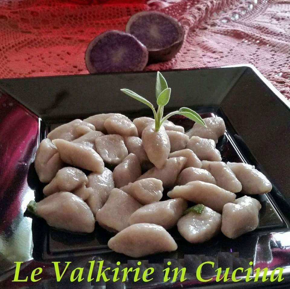 Gnocchi con patate viola