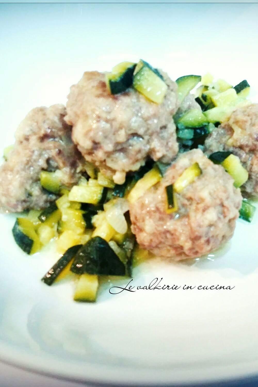 Polpette con zucchine le valkirie in cucina - Cucinare le zucchine in modo dietetico ...